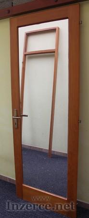 Interiérové dřevěné dveře i se zárubněmi