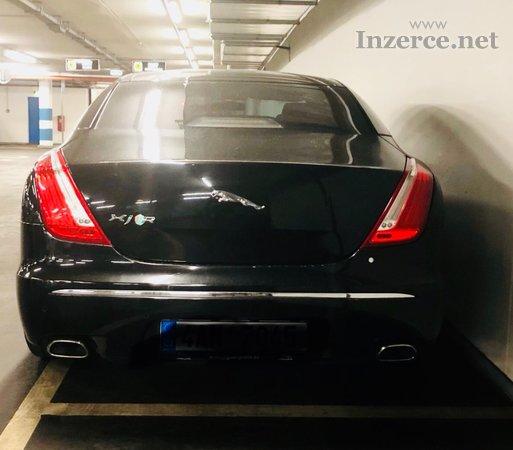 Jaguar XJ Carbon line R