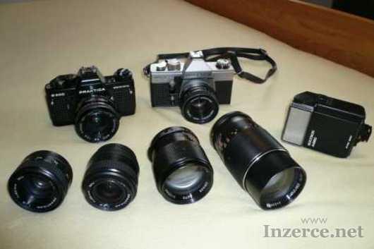 Jedinečná sada fotoaparátů Praktika a 6 objektivů