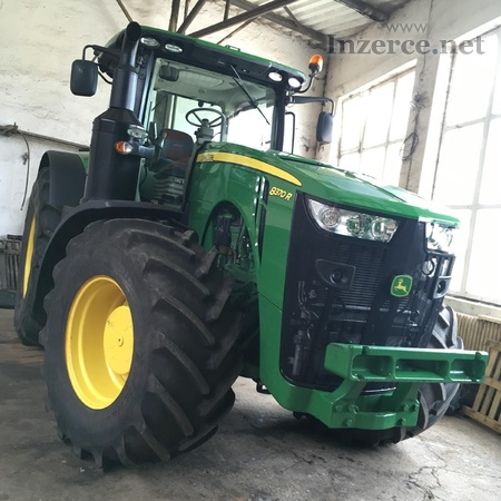 Kolový traktor JOHN DEERE 8370R
