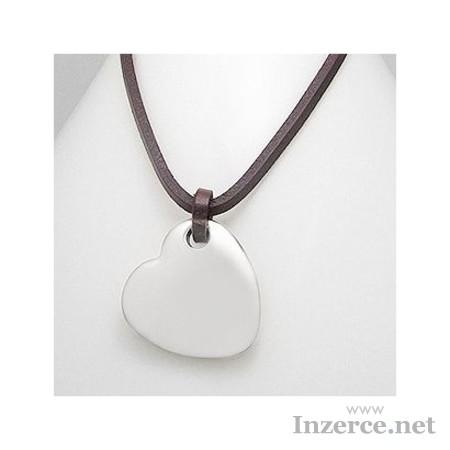 Kožený náhrdelník se srdcem
