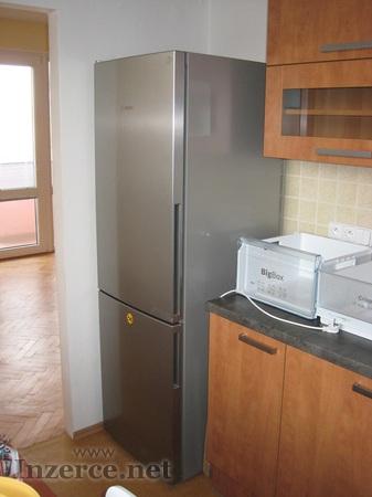 Lednička a pračka
