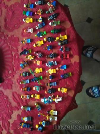Lego postavicky
