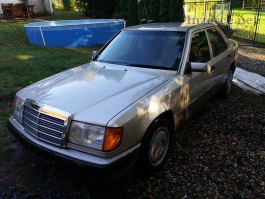 Mercedes 124 220E jen 150 000 Km