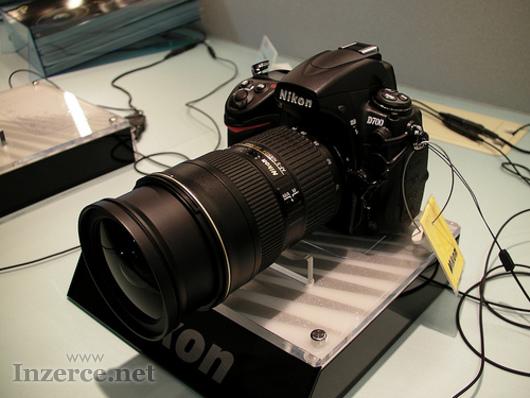 Nikon D700 12MP DSLR kamera