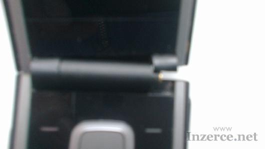 Nokia 2720-ma ulomeny jeden kloub