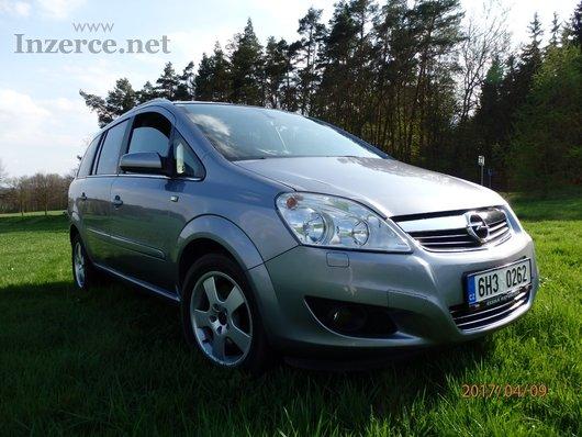 Opel Zafira 1.6CNG, Navi, 7 míst