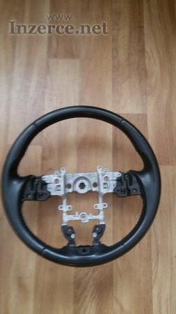 Originální volant a hlavice řadící páky Mazda 6