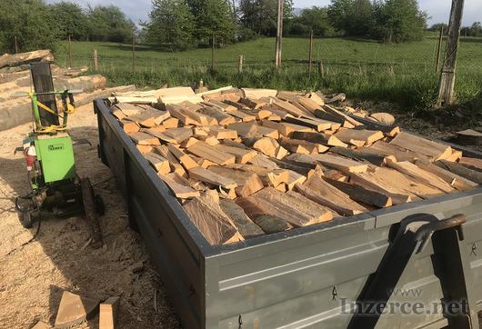 Palivové dřevo Krnov - štípané dřevo Krnov