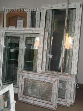 Plastové balkonové dveře výprodej