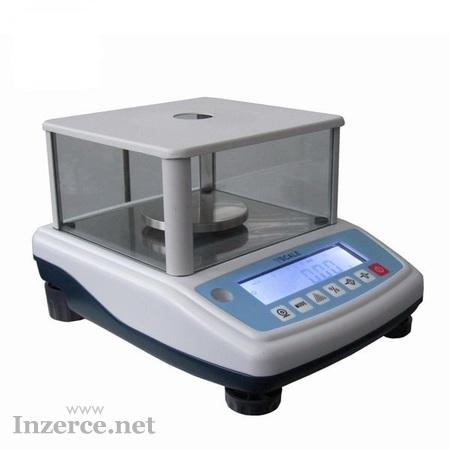 Přesná laboratorní váha cejchovaná