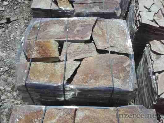 Přírodní kámen na šlapáky