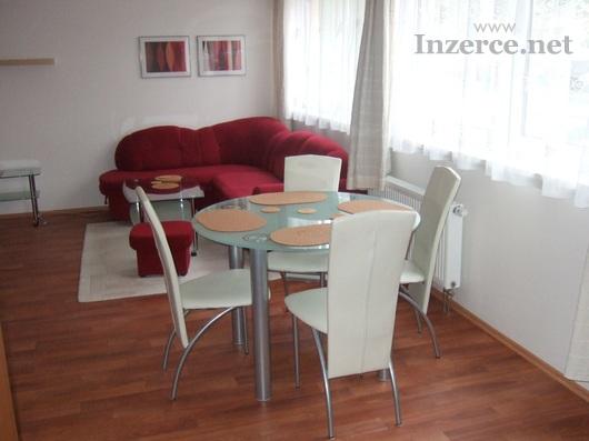 Pronájem bytu 1+kk, 41 m2, Praha 8-Troja