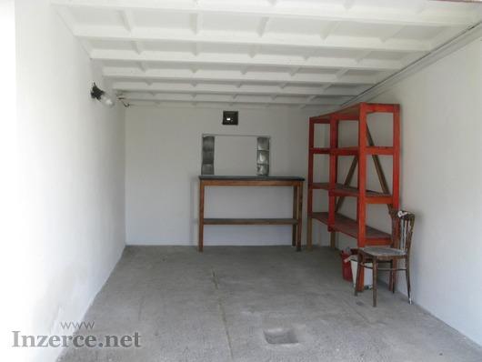 Pronajmu garáž Tábor