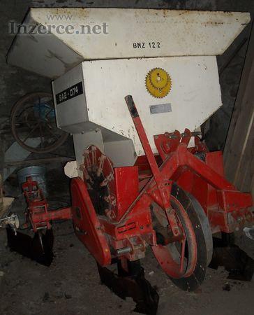 Sazeč brambor SAZ-074
