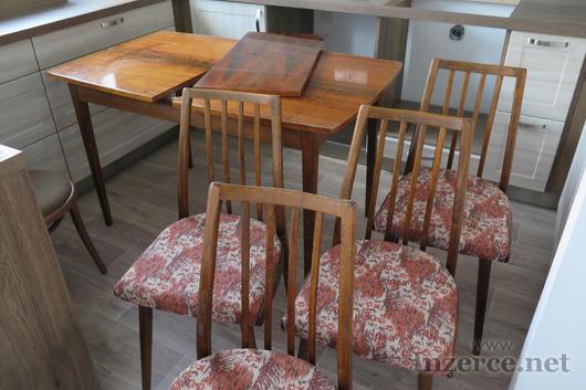Stůl a 4 židle - 70-léta
