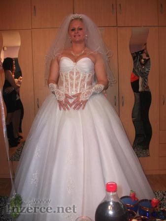 Prodám krásné princeznovské, svatební šaty, jedenkrát ...