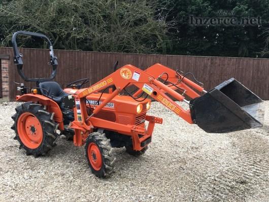 Traktor Kubota DT150 L-250 + kompletní čelní nakla