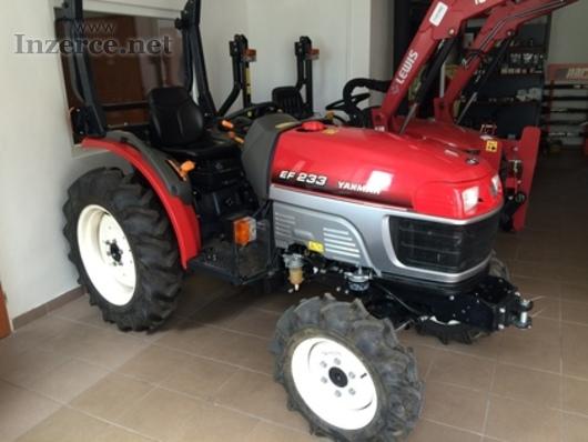 Zánovní traktor